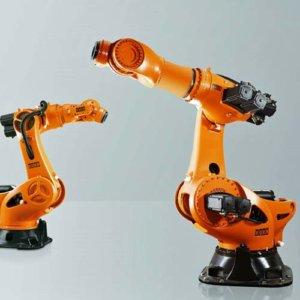 KUKA industrirobotter